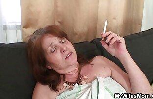 Csodálatos anal szex videok maszturbáció az asztalon