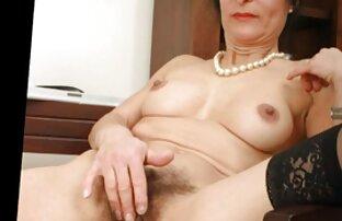 Orosz szőrös mama baszás fekete