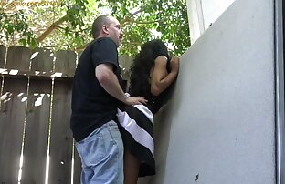 Iroda a seggbe fasz főnöke menyasszonyával