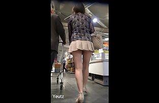 Megettem az egyik lányt az csaladiszexvideo erkélyen