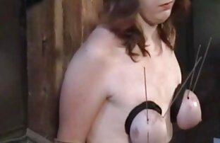 Nővér nyalogatja a legjobb porno video lyukak
