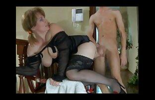 Szőke lezbikus pornok Érett