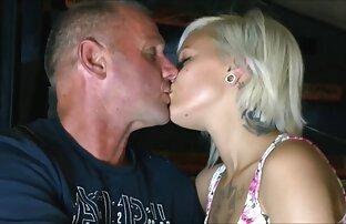 A eroszakos szex video gyönyörű Borotvált lyuk