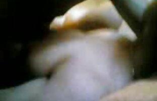 Kaiva konochka pöcsös csaj szalag a gyönyörű meztelen